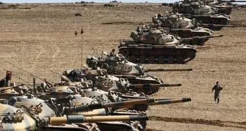 土耳其军火库突发剧烈爆炸,卫兵死伤惨重,几十人紧急救援