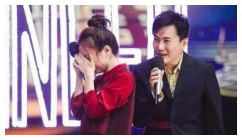明星见到偶像:杨幂表情失控,杨紫秒变小迷妹!