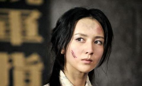 9年前这部剧众星云集,胡歌唱主题曲,袁姗姗佟丽娅关晓彤跑龙套