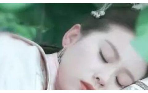 杨幂赵丽颖刘亦菲唐嫣刘诗诗陈欣予,6位女星的睡美人造型谁最美