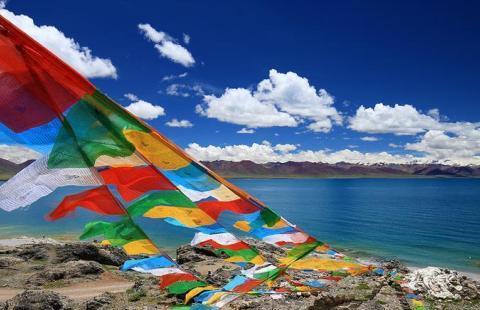 西藏发出一响巨响,海拔千米的湖泊直接消失,专家:正常自然现象