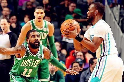 库兹马:现在勇士这么好打吗?詹姆斯:你打的不是勇士,是篮网