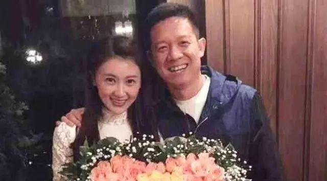 甘薇与贾跃亭离婚:是否可以逃脱与贾跃亭的巨额负债 罗志渊专栏