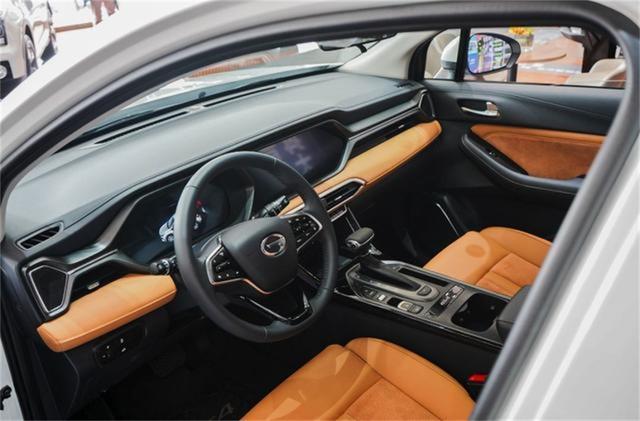 横跨10-70万的价格,即将在11月份上市的三款汽车各有看点