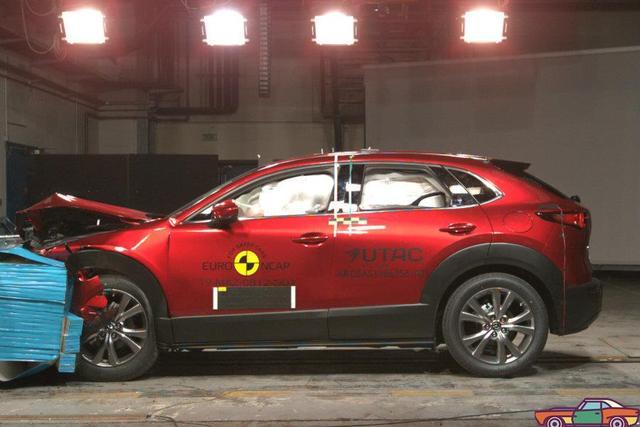 日本车安全防护高水准!马自达CX-30获NCAP五星评价
