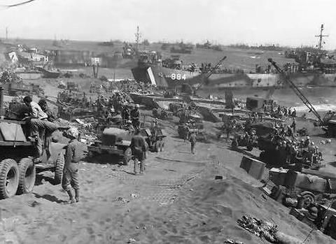 小小的日本在二战时打遍东亚和东南亚,强大的军力从何而来?