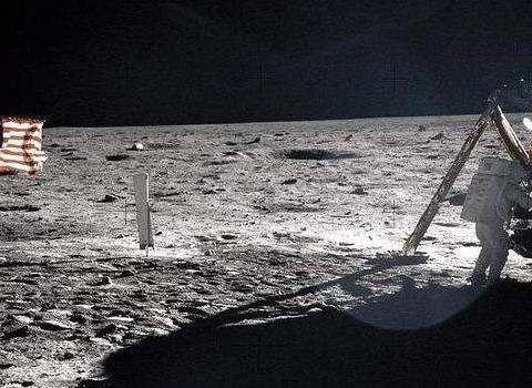 没有发射场的月球,阿波罗计划的宇航员当年是怎么做到返航的呢?