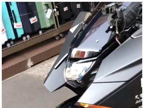 """99.9万日元的本田NM4-01,排量745CC,外观酷似""""未来战车"""""""