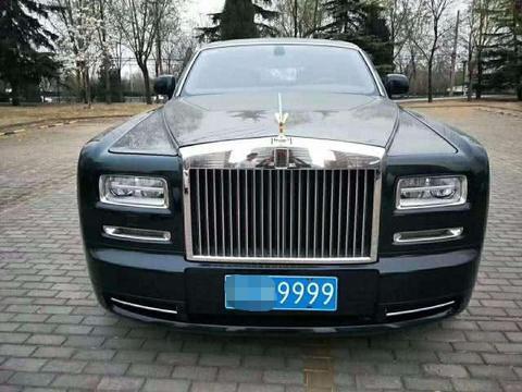 """6000元白手起家赚百亿,座驾是银刺,挂""""大豹子号""""车牌"""