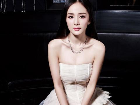 十年前的杨幂长啥样?当看到她拍广告的照片后,网友:太雷人了