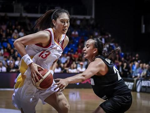 中国女篮升至小组次席,距离出线只剩最后一战,大胜对手无悬念