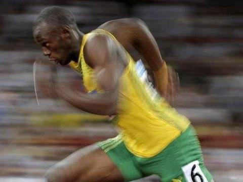 谁还没有菜的时候?博尔特在2004年奥运会,排名倒数第二