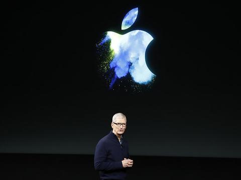 苹果CEO库克接受媒体专访:不后悔公开性取向