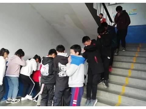 白河三中开展冬季防火安全应急疏散演练活动