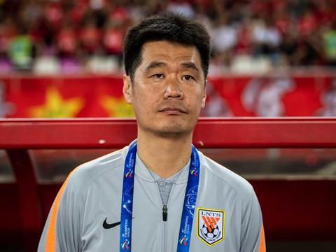 不是李霄鹏,国足新任主帅浮现:他若能来,国足依然可进世界杯