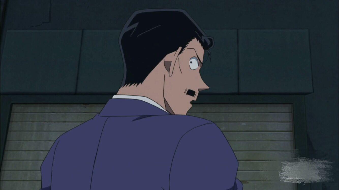 毛利小五郎太可怜!被射太多麻醉针,在绀青之拳里连安检都过不去