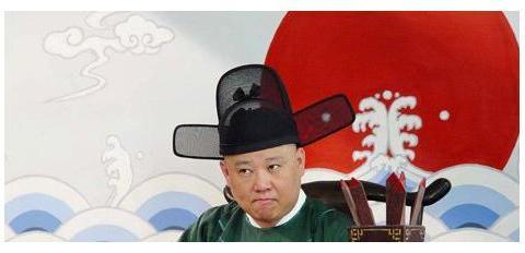 清朝统治时期,一个普通的县,品级官员有多少