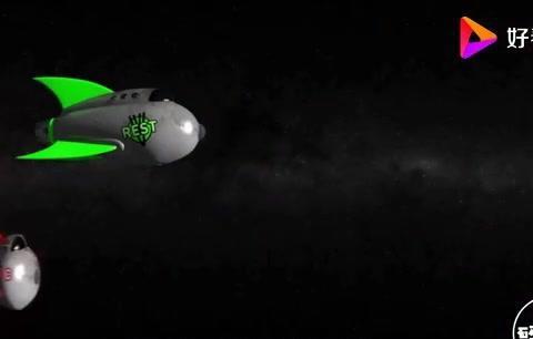 光速不可超越,如果在一艘光速的飞船里跑步,是否相当于超越光速