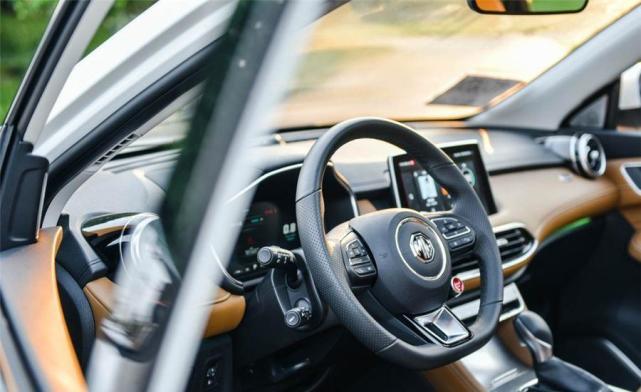 年轻人的首款SUV 12万元个性化车型推荐