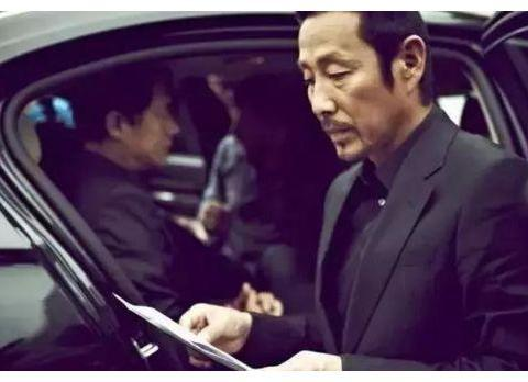 他是国家一级演员,飙脏话怒怼冯小刚,网友:真是被他的霸气圈粉