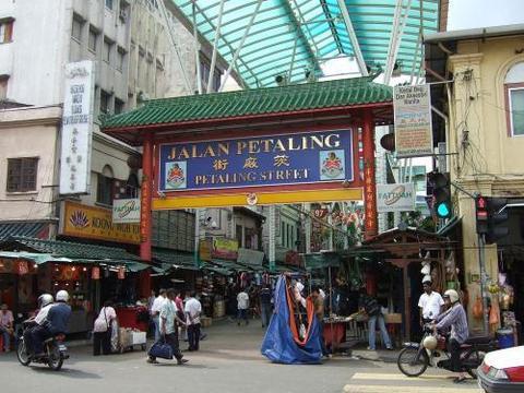 全球华人最多的三个国家,新加坡前三都排不上,最多的超过一千万