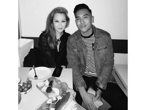 陈冠希姐姐公布新恋情,与黑人男友甜笑对视,42岁终于想结婚