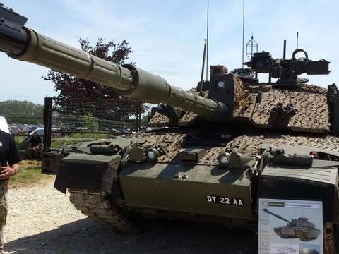 """铁甲纵横!英国军方将对现役所有""""挑战者2""""坦克进行全面换装"""