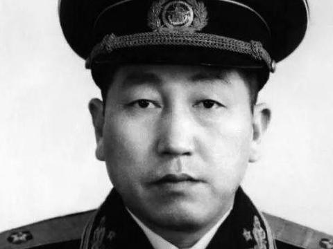 离家出走参加红军,20年后成将军,家人竟都不认识!