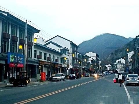 陕南商洛这个小镇古代为天险  秋色正宜人
