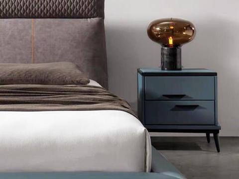 私藏的8款高颜值床头柜,抽屉设计,更方便收纳!