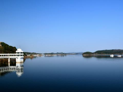 四川被遗忘的一处湖泊,被打造成国家4A景区,门票也免费