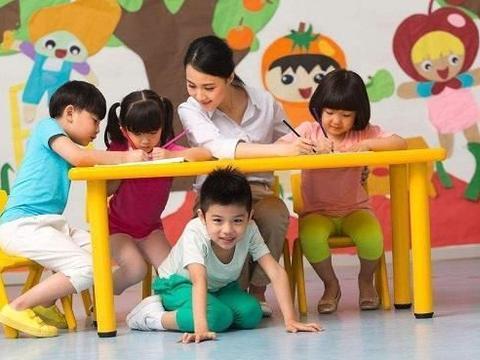 给孩子选幼儿园,是公立好,还是私立好?看看这些区别就知道了