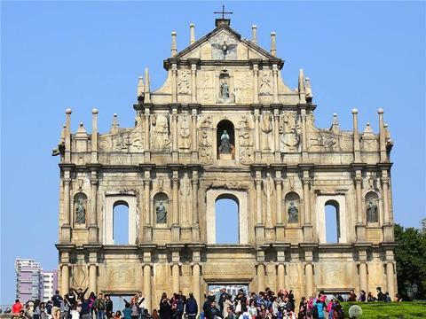 中国最富有城市:人均GDP比瑞士还要高,人均月收入高达1.7万