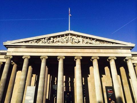 """大英博物馆展出诡异""""铜手"""",它模样有点怪,还解开三个历史谜团"""