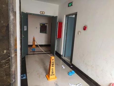 郑州一小区发生命案三人死亡,凶手已被控制