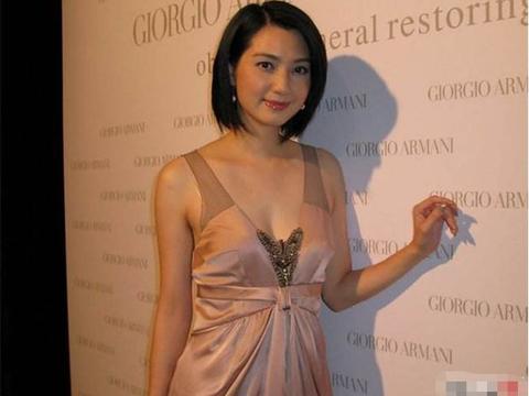 48岁洪欣真人长啥样?看到她现在的容颜后,网友:张丹峰眼光挺毒