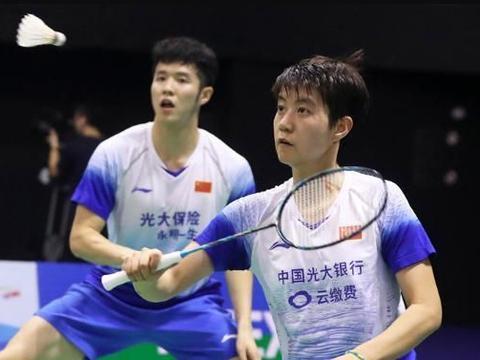国羽2冠1亚收官!何济霆/杜玥0-2败世界第三 日本斩获混双冠军