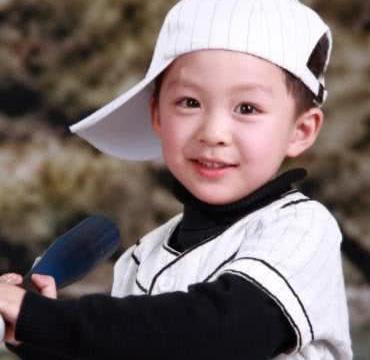 文章干儿子,《小爸爸》中的夏天长大了,网友表示:还是那么帅