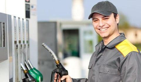 车主心声:买车容易养车难,再过24小时,新一轮油价将这样调整