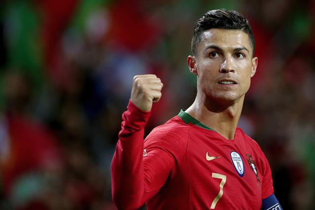 葡萄牙8轮欧预赛打进22球 C罗打进其中11粒进球