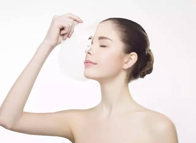 保湿面膜用完要洗脸吗 干皮补水保湿面膜推荐