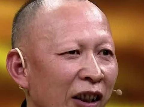 赵薇同学,长得丑却令人印象深刻,妻子美得让人羡慕