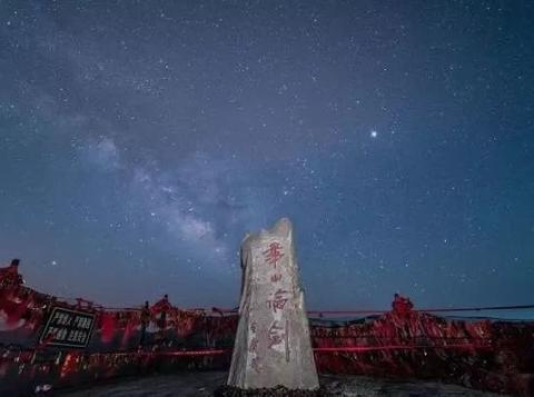 中国车联网第一阵营依旧保持江湖地位,市场份额逐步增长