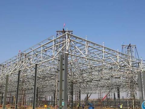 日照长城威奕汽车整车项目12000平方米网架顺利提升