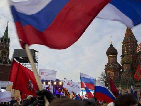 俄罗斯只有施行一夫多妻制才可解决人口结构问题?普京会怎么选择