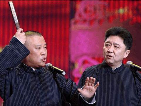 郭德纲铅笔写家谱引争议,阎鹤祥发文意有所指,张云雷要成一哥?