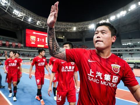 蔡慧康:希望为上港再踢十年 现在胡尔克卧推应该比我强一点