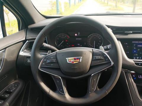2.0T变缸发动机+9AT变速箱,轴距2.85米豪华SUV,售价不到30万