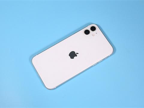 OLED屏未来将成为手机厂商最佳选择:苹果在等成本下降