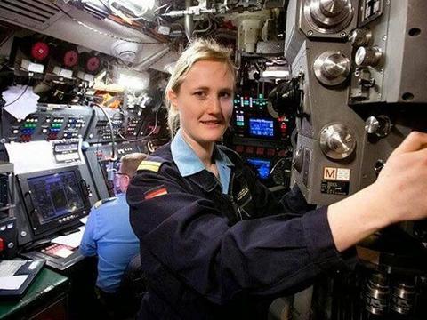 为避免再次出现丑闻,美海军决定潜艇停征女兵,靠道德约束管不住